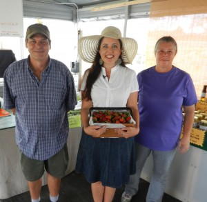 Chef Jessica Bright Colleen Lowe Rob Lowe Farmers WJCT Jessica Bright Strawberry farm st. augustine Berry Stacks U-Pick farm