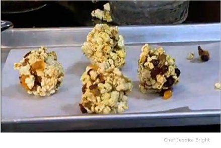 How to Make Homemade Caramel Corn- Easy Recipe